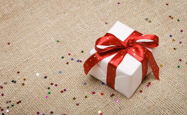 Echanges et reventes de cadeaux de Noël sur Internet : nos conseils